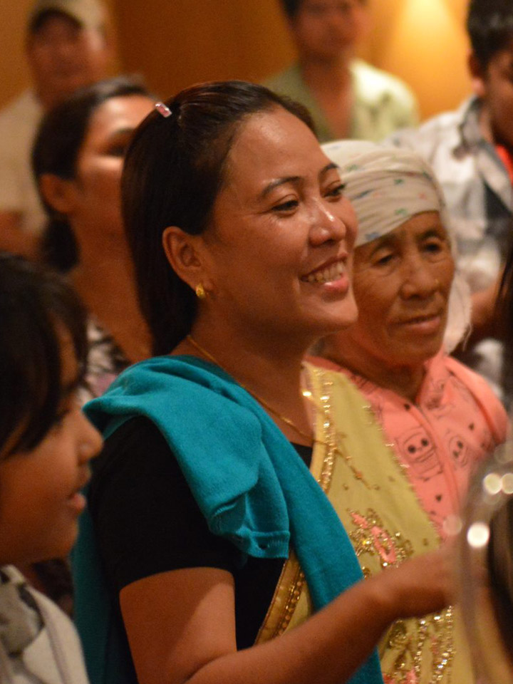 Knox Nepali women in worship for website